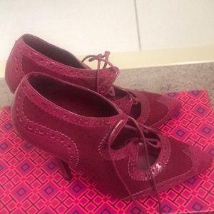 Tory Burch hot pink Mary Jane heels